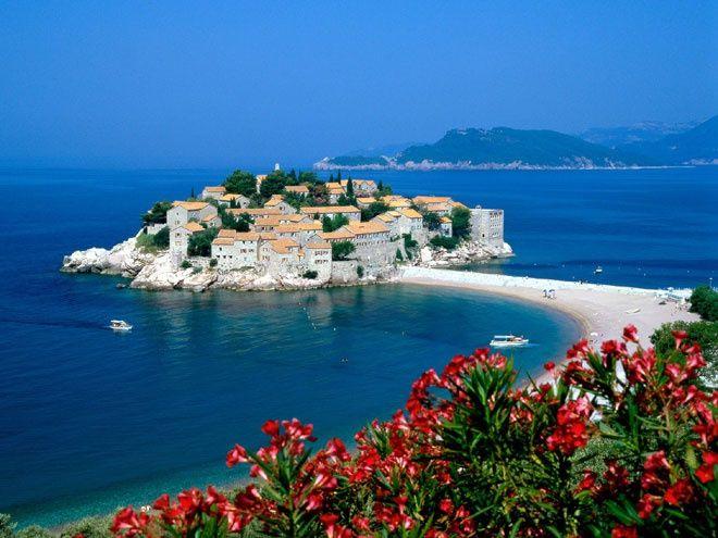 Телевизионная станция Nova TV в Хорватии заявила, что у курорта Дубровника воруют клиентов